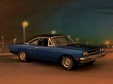 70 1970 PLYMOUTH ROAD RUNNER 440-6 COLLECTIBLE MOPAR 1/64 SCALE MODEL - DIORAMA
