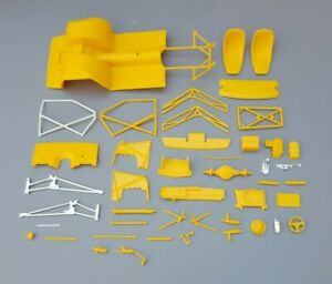 Monogram 1/24 1984 FRANK IACONIO PRO STOCK CAMARO CHASSIS AND RELATED PARTS