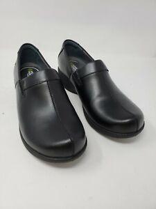 A1033 Dansko Women's Coral Clog - Black Leather, Size EU37 (US 6.5-7)
