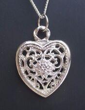 joli pendentif collier chaîne couleur argent cœur ajouré finement ciselé 3253