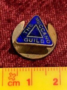 VINTAGE 1940s MECCANO GUILD METAL CLUB UTILITY BADGE NAVY-BLUE ENAMEL ENGLAND!!!