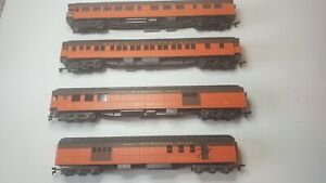 Rivarossi Milwaukee Road Passenger Car Set