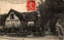 CPA ROBINSON Entrée du Restaurant de l'Arbre des Rochers (413007)