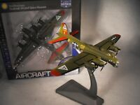 MODEL OF B17 FLYING FORTRESS BOMBER WORLD WAR 2 PLANE SCALE 1:200 USA AC BOMBER