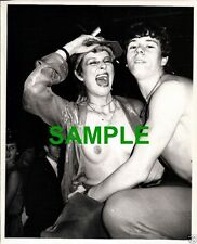 ORIGINAL PRESS PHOTOGRAPH - BARING ALL SEXIEST DISCO IN LONDON THE EMBASSY CLUB