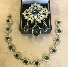 Stunning Swarovski Crystal Bracelet And Brooch Set Clear And Sapphire Crystals