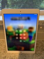 Apple iPad 7th Gen. 32GB, Wi-Fi, 10.2 in - Gold **Cracked screen **works