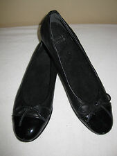 STUART WEITZMAN SZ 6.5 SS Black Quilted Leather and Patent Captoe Flats New