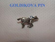 NEW GOLDIKOVA HAND PAINTED HORSE RACING JOCKEY SILKS PIN