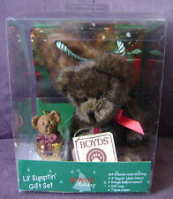 """Collectible Boyds 6"""" Holiday Teddy Bear & Bell Ornament Boxed Gift Bag Set"""