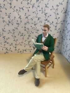 1:12 Scale SITTING MAN/FATHER Reading, Modern Resin Figure Dolls House