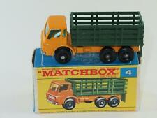 MATCHBOX Regular Wheels 04 Stake Truck VVNM in F2 Box