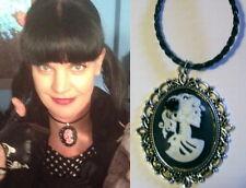NCIS pendentif Abby collier Abby camée tete de mort Abby's cameo skull necklace