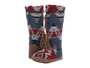 Woman's Slippers M&F Western Ava Boot Slipper