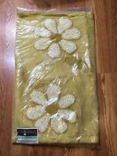 New Vintage Hillcrest 2 pc Bathroom Mat - Rug and Toilet Seat Cover yellow gold
