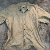 L.L. BEAN Men's Shirt Size XL Casual Button Front Short Sleeve Brown Plaid