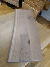 Treppenstufe Regalböden Eiche naturbelassene Baumkante gebürstet weiss geölt