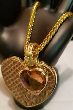 Gold Tone Snake Skin Rhinestone Heart Charm Clasp Bracelet Unmarked
