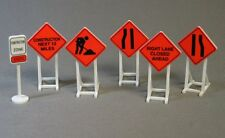 LIONEL FASTRACK O GAUGE ROAD CONSTRUCTION SIGNS train caution site fas track NEW