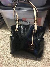 Michael Kors Jet Set Item Tote Handbag Color Black