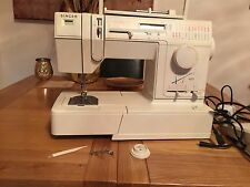Quality Singer Model Harmonie 400 electric sewing machine