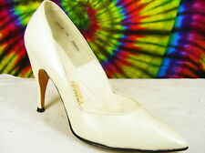 7 M vtg 50s white 4.5 inch stilettos heels pumps shoes