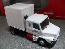 1/87 Herpa 303828 Scania 143 Hauber Zugmaschine mit 10 ft. Container Schaustelle