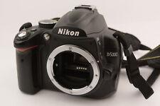 Nikon D5000 12.3MP Digitalkamera - Schwarz (Nur Gehäuse)
