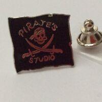 Pin's Folies *** Badge Demons et Merveilles Cinema Movie Pirates studio #18