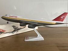 QANTAS AIRWAYS B747-200 PLASTIC WOOSTER SNAPFIT MODEL 1980s VINTAGE *RARE*