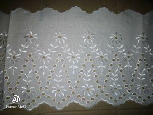 Superbe !  1m dentelle broderie anglaise 100% coton  blanc 17 cm de large