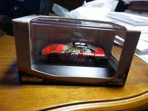 Winner's Circle 1:87 Scale Carl Edwards #99 Office Depot Stock Car 2006 New
