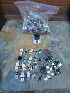 Lego Star Wars  Minifigures Lot & Lego Ship??