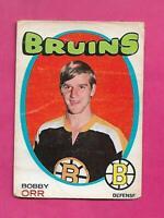 1971-72 OPC  # 100 BRUINS BOBBY ORR CREASED CARD (INV# D7115)