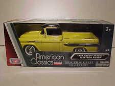 1958 Chevy Apache Fleetside Truck Die-cast 1:24 Motormax 8 inch Yellow and Black