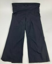 ATHLETA Black POWER UP Stretch CAPRI Pants SPLIT Leg CROP Women's Sz L 696348