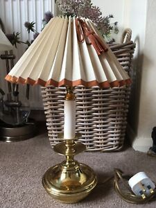 Vintage Quality Brass Ware Made In England Table/Side/Reading Lamp/Light.