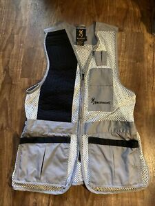 Browning EST 1878 Grey / White Mesh Shooting Vest Size Medium Excellent Cond.