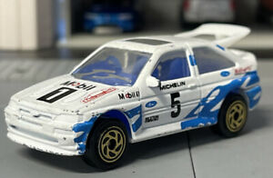 VINTAGE 1993 MATCHBOX MB52 FORD ESCORT RS COSWORTH 1/57 DIECAST