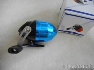 BLUE SPINNING REEL F55 8 lb 65 yds BRAND NEW