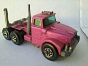 MATCHBOX LESNEY ENGLAND SUPERKINGS 1971 SCAMMELL CONTRACTOR diecast truck pink