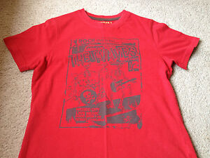 Boys Red short Sleeved T-Shirt 10-11 years used in Good Condition By Cherokee