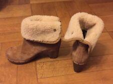 UGG Lynnea Clog Boot in Größe 37