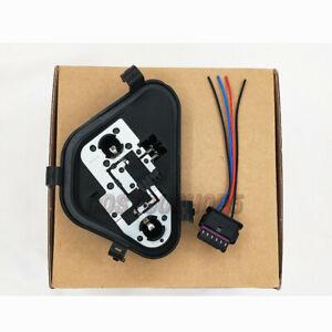 FO3 BMW 3-Series 63217313043 Driver Left Rear Bulb Socket TailLight OEM + Plug