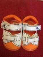 Prenatal - Sandali per bambino - Misura Neonato - bianchi con rifiniture blu ..