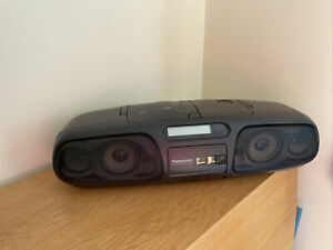 Panasonic portable Stereo CD System RXDS45