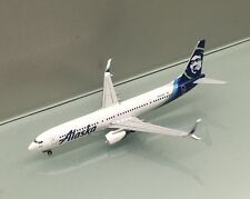 Gemini Jets 1/400 Alaska Airlines Boeing 737-900 scimitar N247AK miniature model