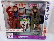 2002 Mary-Kate & Ashley Olsen WINNING LONDON DOLLS GIFT SET #56308 by MATTEL NEW