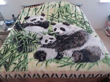 New! King Korean style Mink heavy weight blanket Panda pandas family New 10 lbs