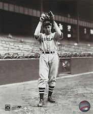 BOB FELLER 8X10 PHOTO CLEVELAND INDIANS BASEBALL PICTURE WARMING UP